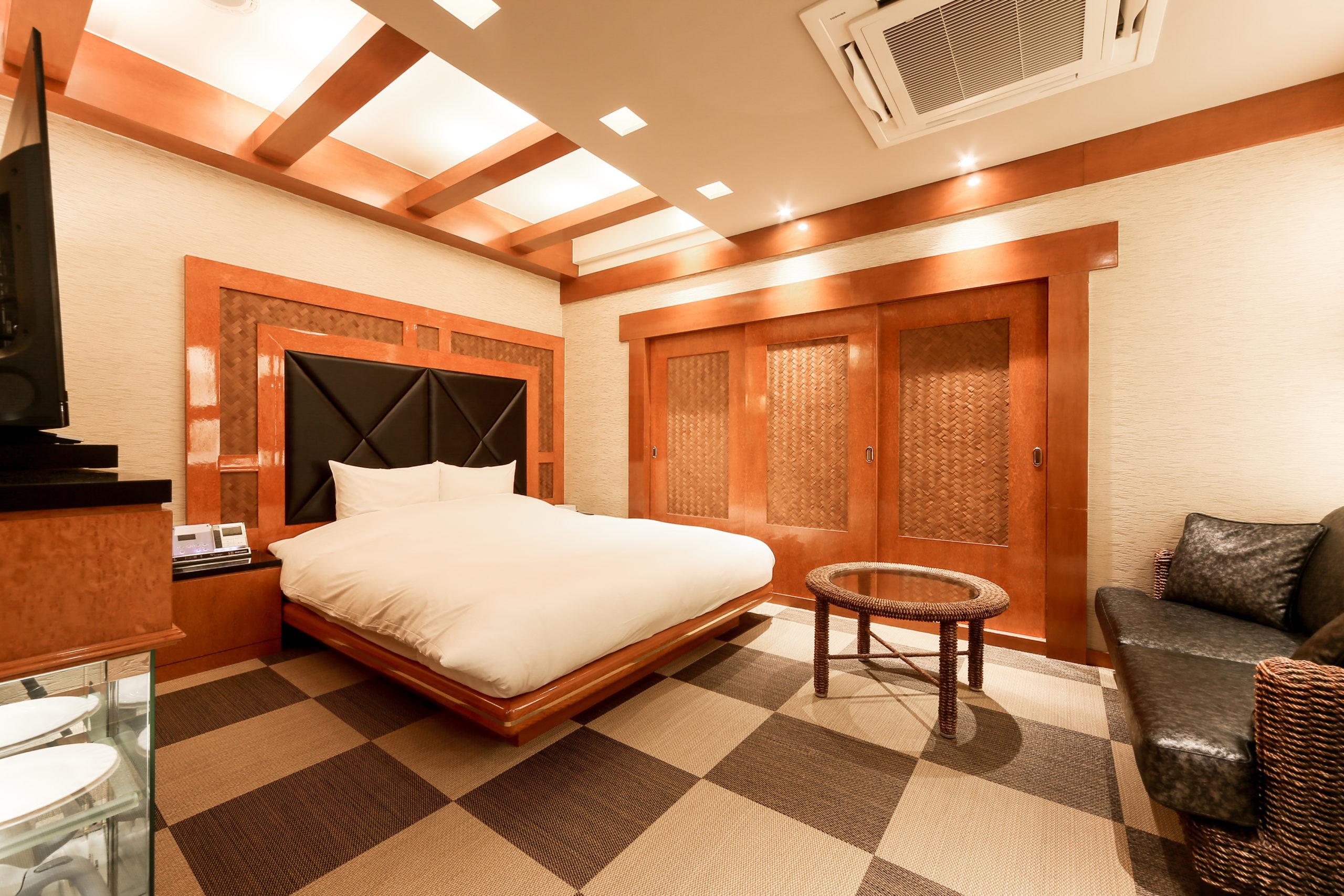 ホテル縁<span>205号室</span>