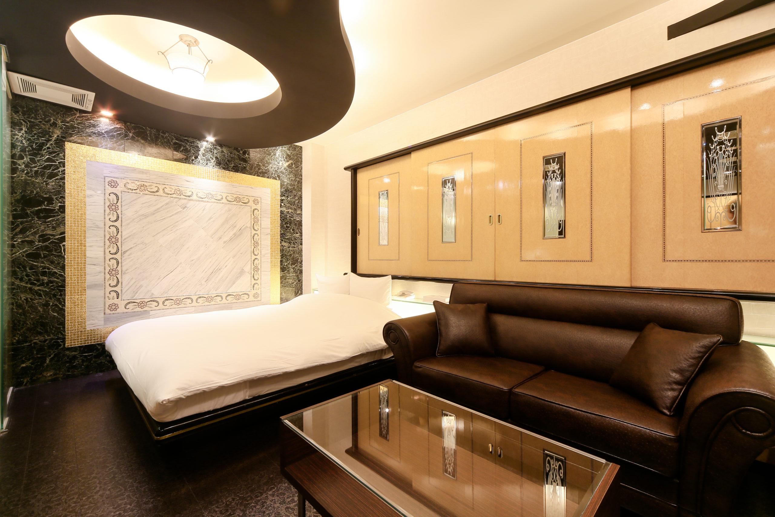 ホテル縁<span>211号室</span>