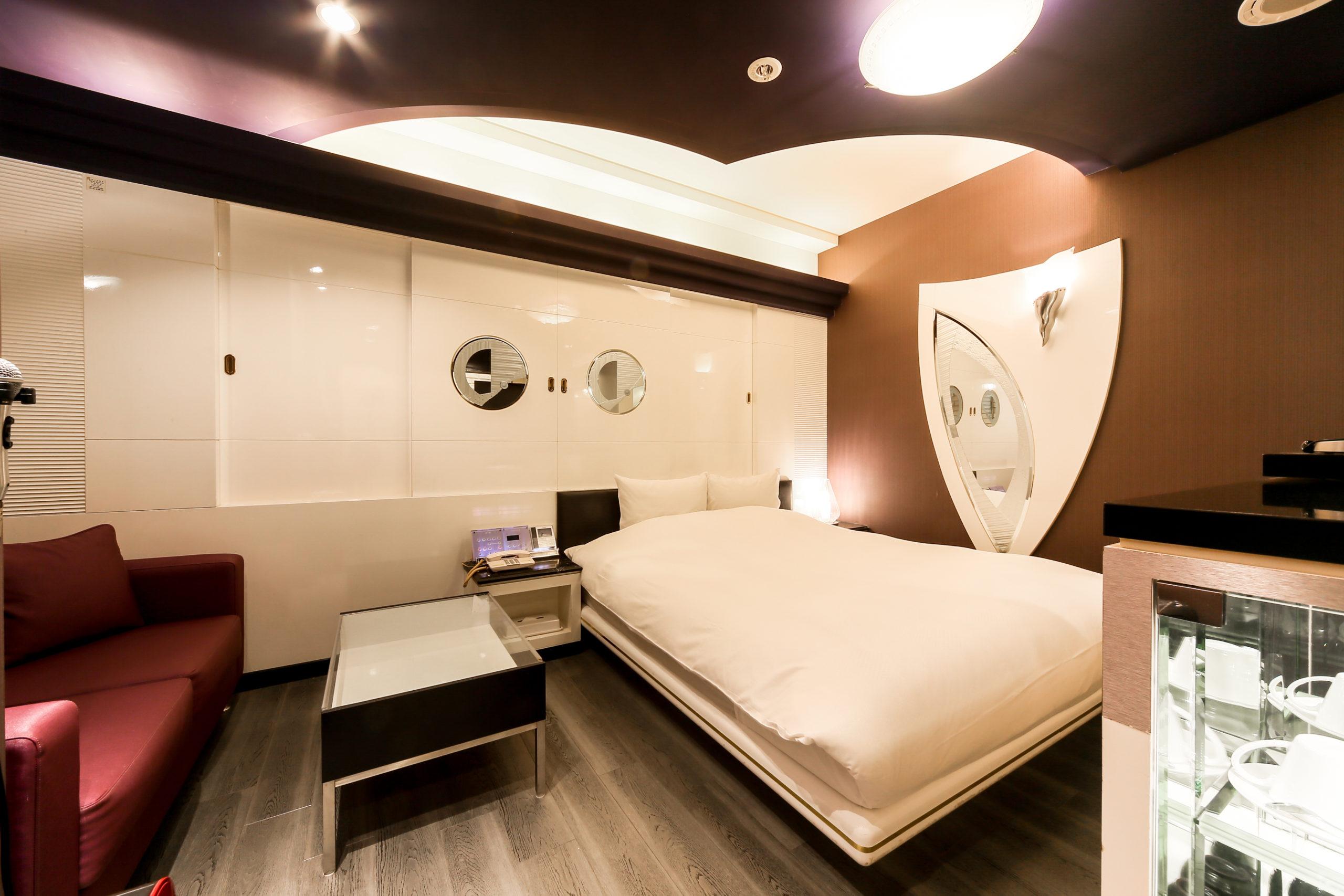 ホテル縁<span>215号室</span>