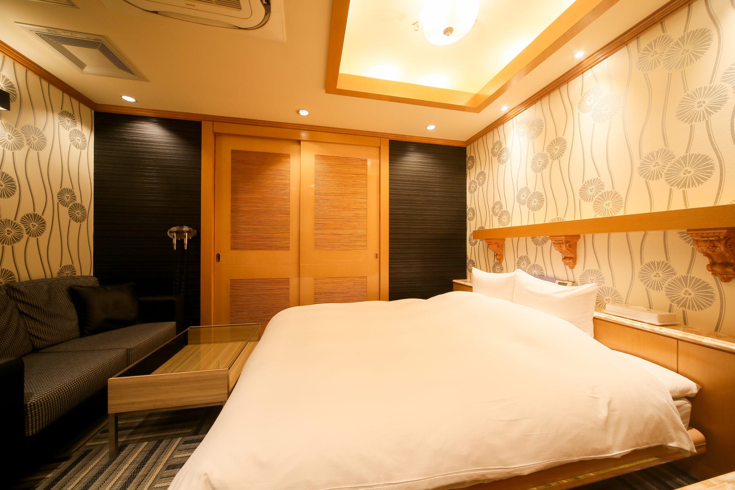 ホテル縁<span>221号室</span>